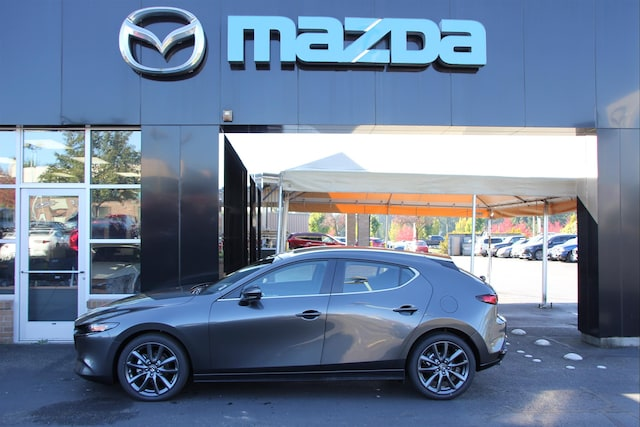 New-2019-Mazda-Mazda3-w-Preferred-Package-Auto