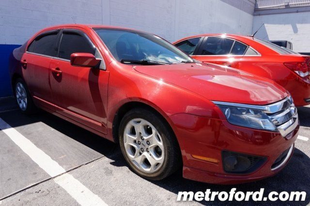 2010 Ford Fusion SE Sangria Red Metallic Charcoal Black wCloth Front Bucket Seats CLEAN CARFAX