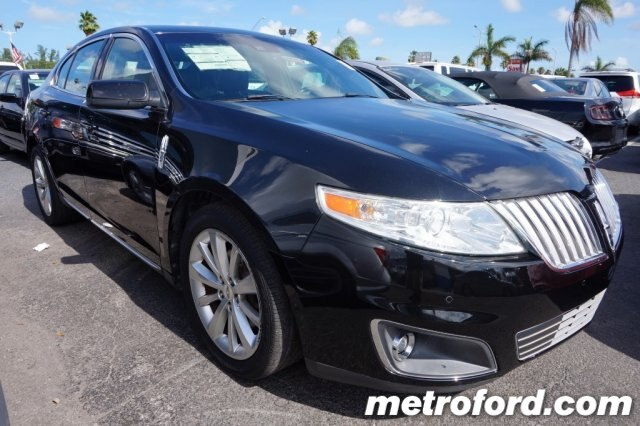 2009 LINCOLN MKS Tuxedo Black Clearcoat Metallic Charcoal Black wPerforated Leather Trimmed Heate