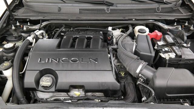 2009 Lincoln MKS photo