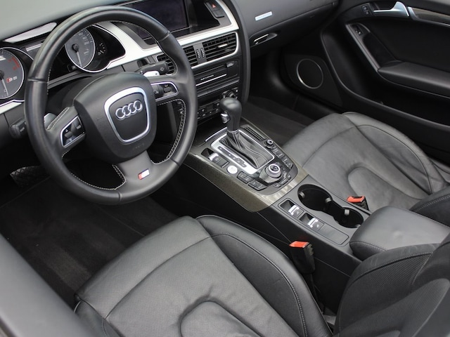 2010 Audi S5 3.0T quattro Prestige photo