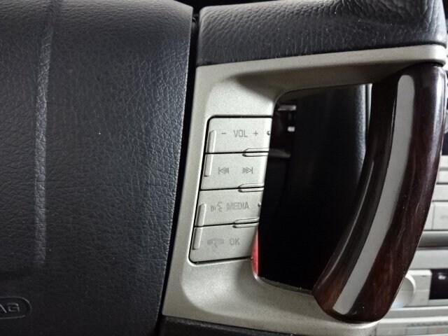 2009 Lincoln MKZ photo