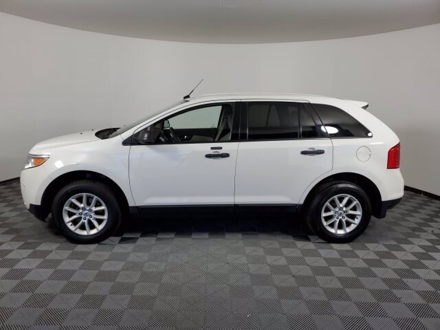 2013 Ford Edge SE photo