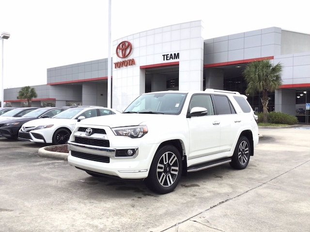 The 2018 Toyota 4Runner Limited photos