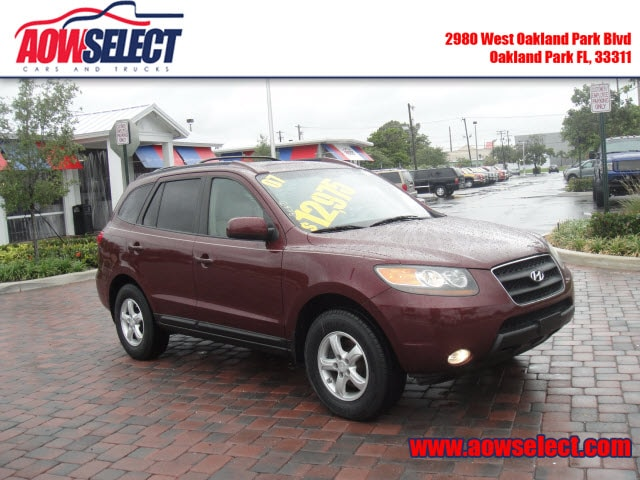 The 2007 Hyundai Santa Fe GLS photos