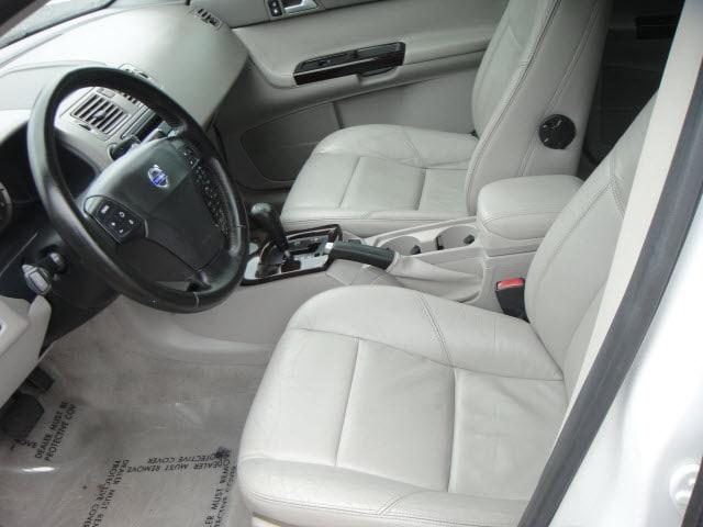 2004 Volvo S40 T5 photo