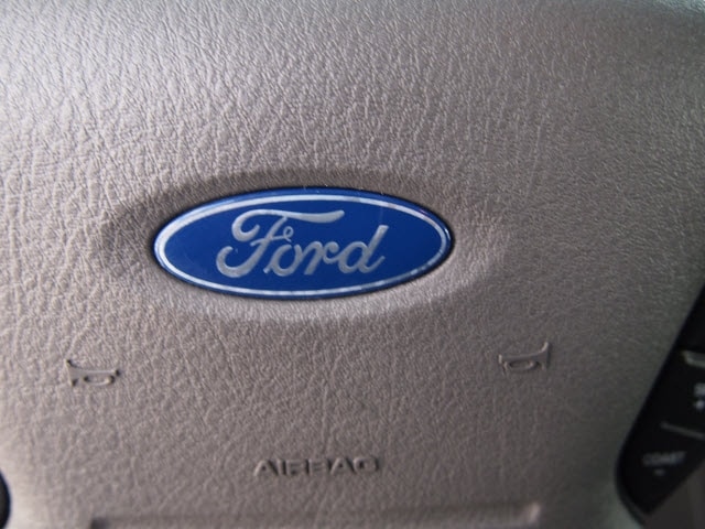 2003 Ford Expedition XLT Value photo