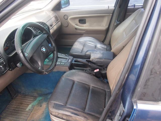 1993 BMW 3-Series 325i photo