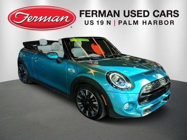 2019 MINI Convertible Cooper S photo