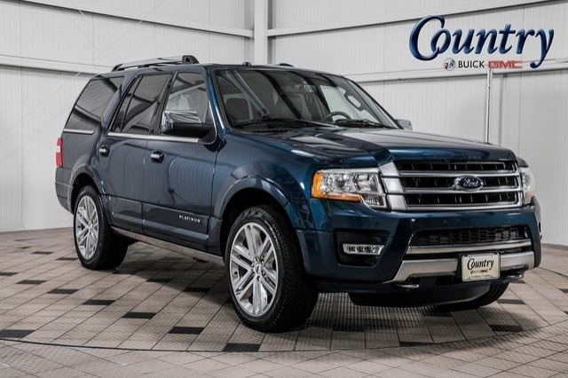 The 2017 Ford Expedition Platinum photos