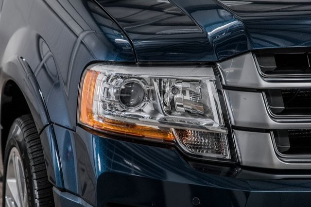 2017 Ford Expedition Platinum photo