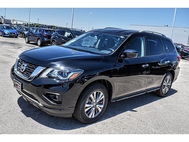 new 2020 Nissan Pathfinder car, priced at $35,421